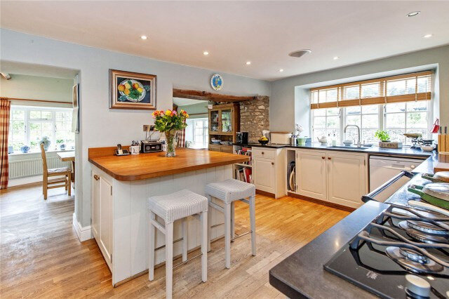 Chippenham-Wiltshire-House-Country-Kitchen