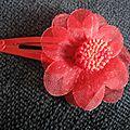 Barrette rouge & fleur en tissu