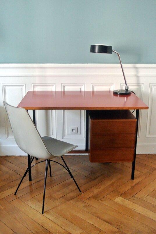 bureau moderniste rouge (0)