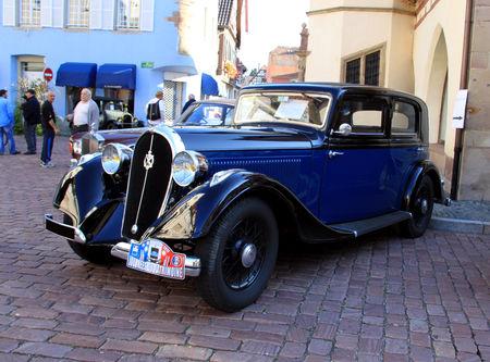 Hotchkiss_type_615_berline_de_1934__3_me_Rencontre_de_voitures_anciennes___Benfeld_2010__01