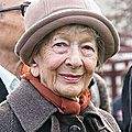 Wisława szymborska (1923 – 2012)) : ca va sans titre / może być bez tytułu