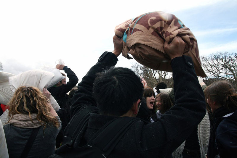 26-Pillow Fight 2010_2648