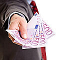 Offers loans and project investments in france, belgium, switzerland, canada, mayotte