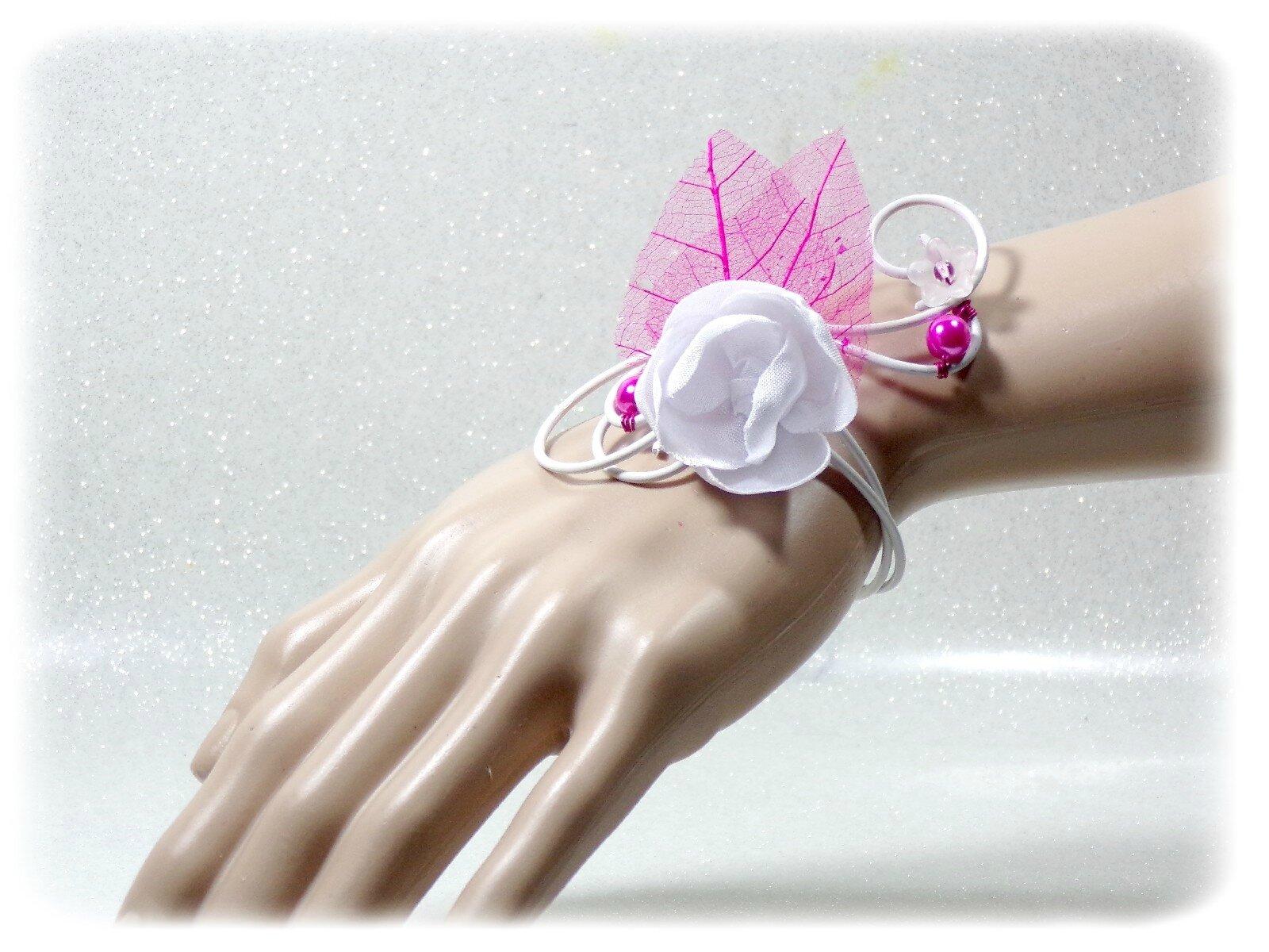 Bracelet fleur blanc fuchsia