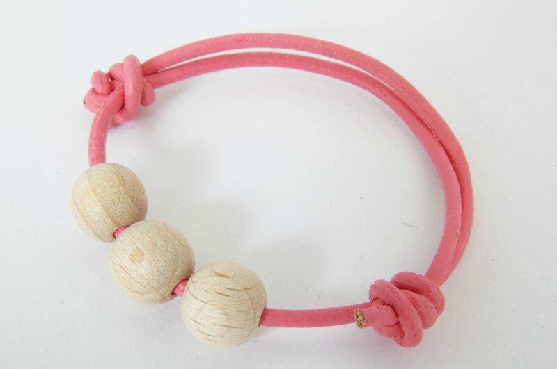 bracelet rose bois