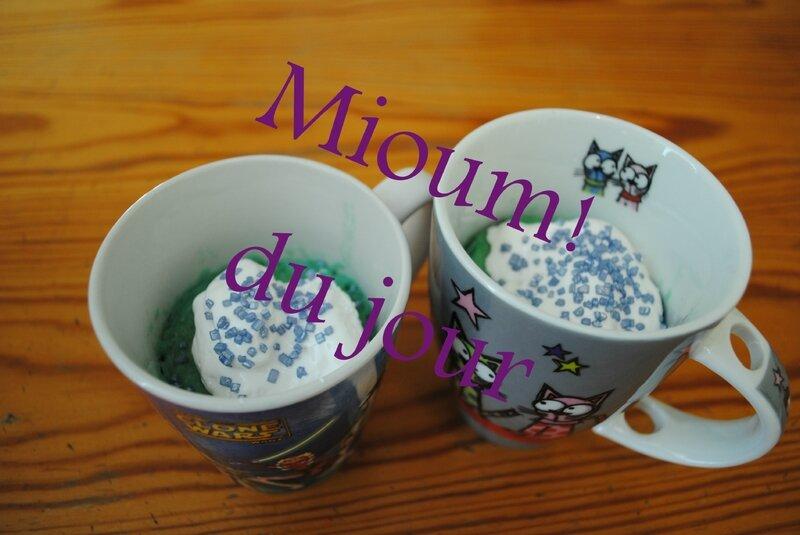 mug cake bleu3