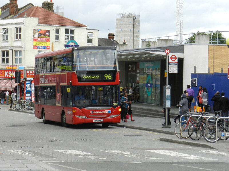230613_96woolwich-arsenal-station