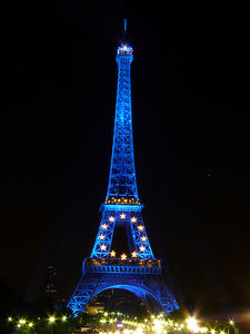 Blue_Eiffel_Tower_2