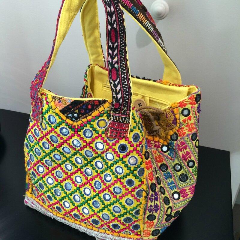 IMAYIN sacs cabas tissus afghans boutique Avant-Après 29 rue Foch 34000 Montpellier
