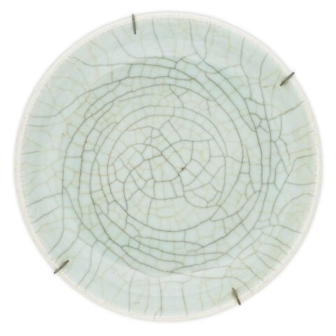 A Guanyao-type saucer dish, 18th-19th century