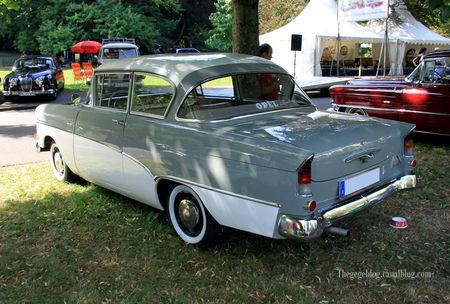 Opel_rekord_P1_de_1959__34_me_Internationales_Oldtimer_meeting_de_Baden_Baden__02
