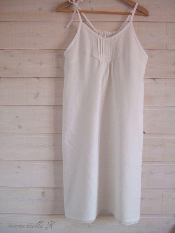 Très bien robe lin blanc - Photo de Cabinet de curiosités - mamoizelle K @NH_62