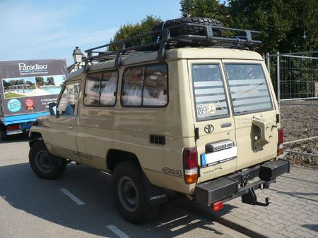 TOYOTA Land Cruiser 75 Troopie Lipsheim (2)