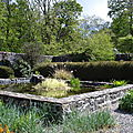 promenade dans un jardin écossais