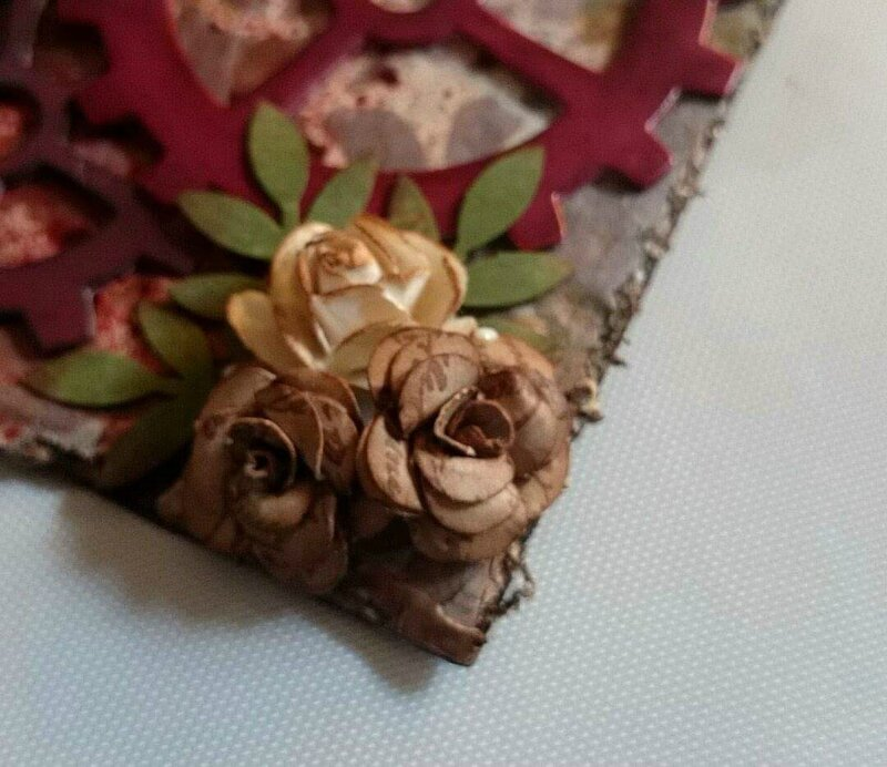 Tutoriel 1: petites roses en papier !