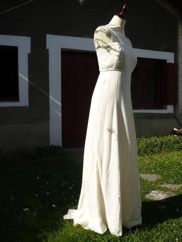 Robe de mariée en crêpe georgette, coupe