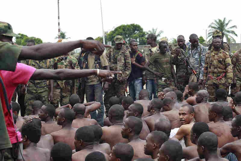 Avant la tenue du sommet Ua-Ue, fin novembre alassane ouattara veut «dissimuler» les prisonniers politiques