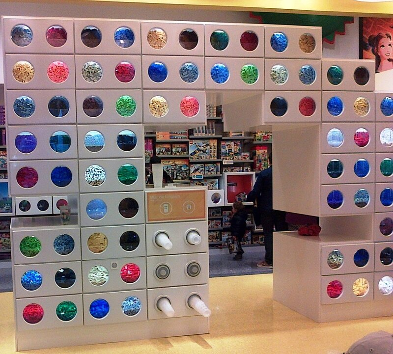 LEGO Store ©Kid Friendly