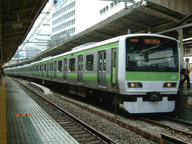 Canalblog Yamanote Train04