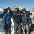 Le trio pour la passe a 4600m : de gauche a droite, Stefan (autrichien), David (israelien) et moi meme