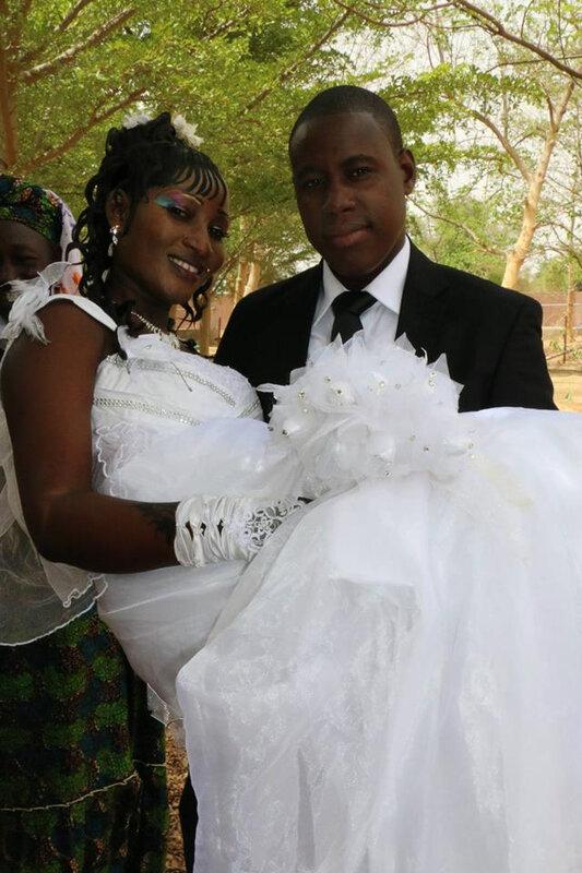 MARIAGE ASSURER,GRAND PUISSANT MAÎTRE MARABOUT VOYANTS CONNU DANS LE MONDE ENTIERS