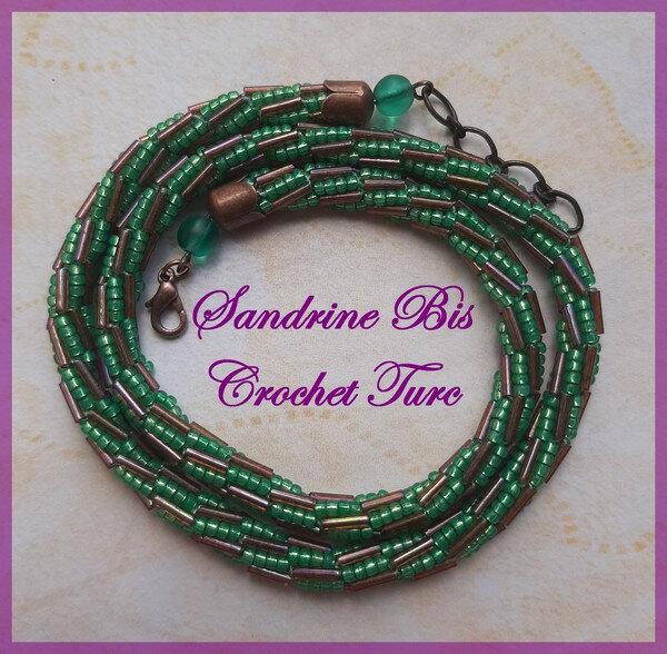 Collier Crochet truc vert et mauve 2