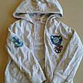 Gris ou blanc chiné : veste à capuche dpam 6 ans