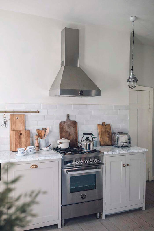devol-kitchen-renovation-933x1400