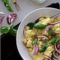 Écrasée de pommes de terre a l'oignon rouge & au basilic