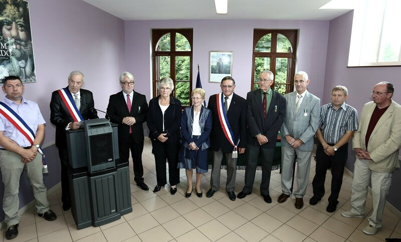 BESMONT 2015 REMISE MEDAILLES RENEE DEMARLY JULIENNE CHEVIGNE intervention Pierre-Marie Verdier