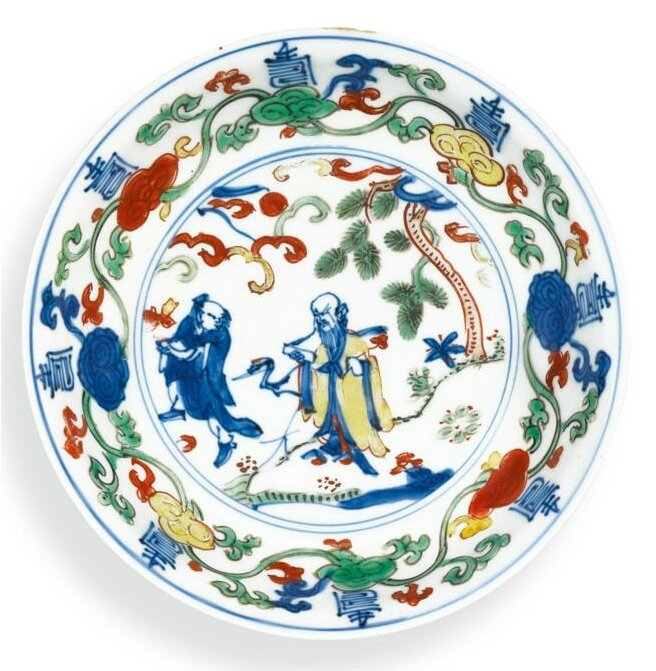 A small wucai 'Shoulao' dish, Mark and period of Wanli (1573-1619)
