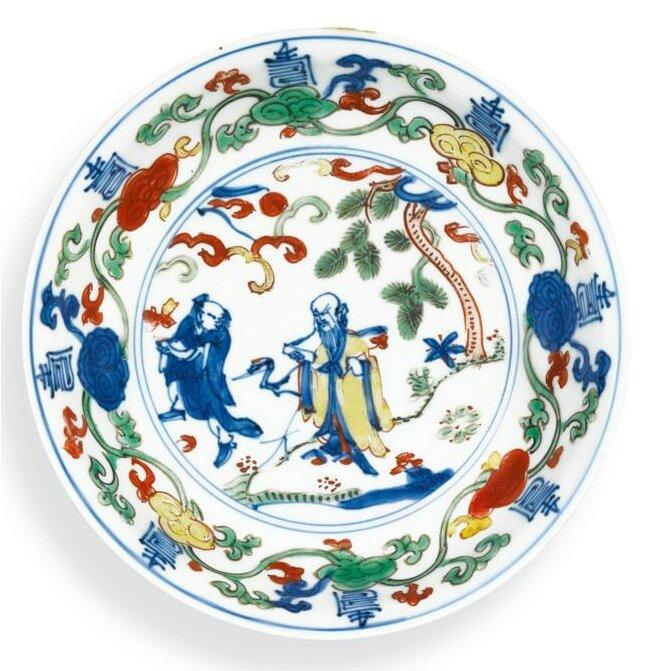 A small wucai 'Shoulao' dish, Mark and period of Wanli (1573-1619)