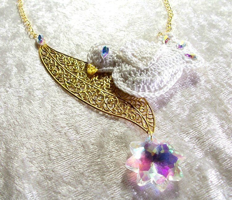Collier Blanche Colombe 4