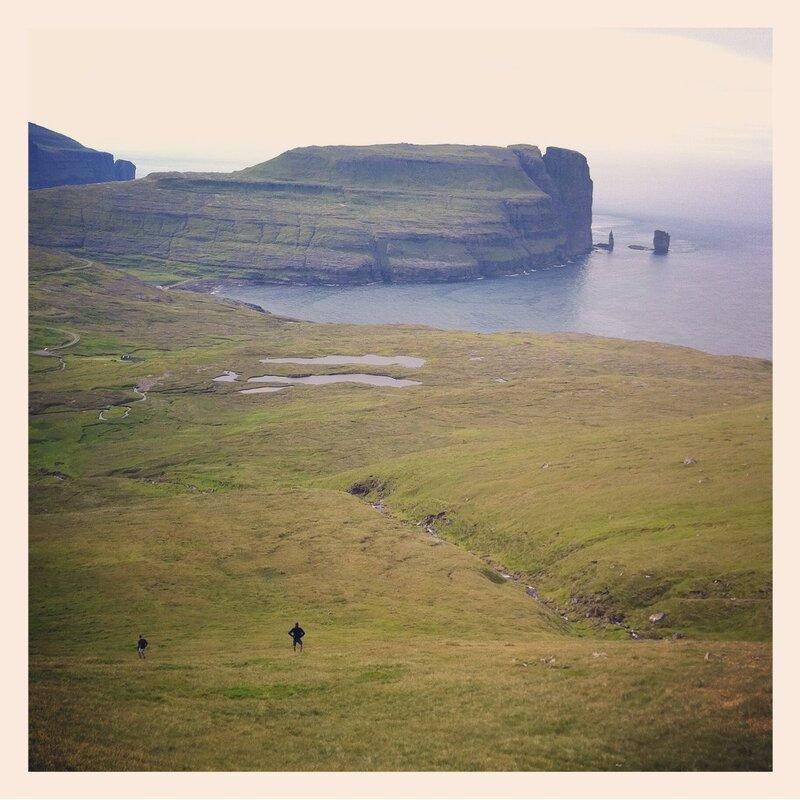 descente vers Eiði