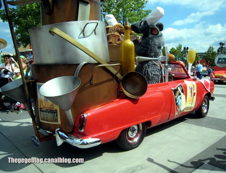 Studebaker champion convertible de 1950 (Ratatouille)(Eurodisney) 02