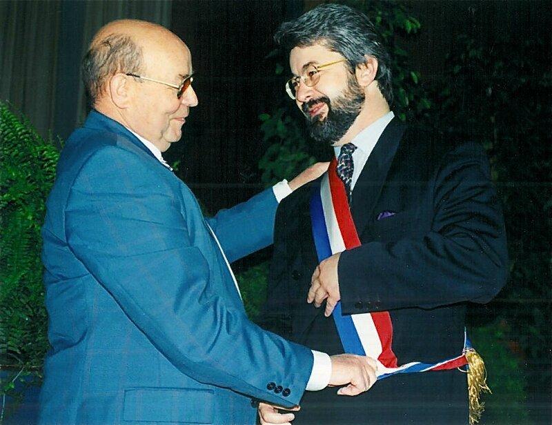DANIEL CAMBRELING INSTALLATION CONSEIL MUNICIPAL écharpe JJT 18 juin 1995