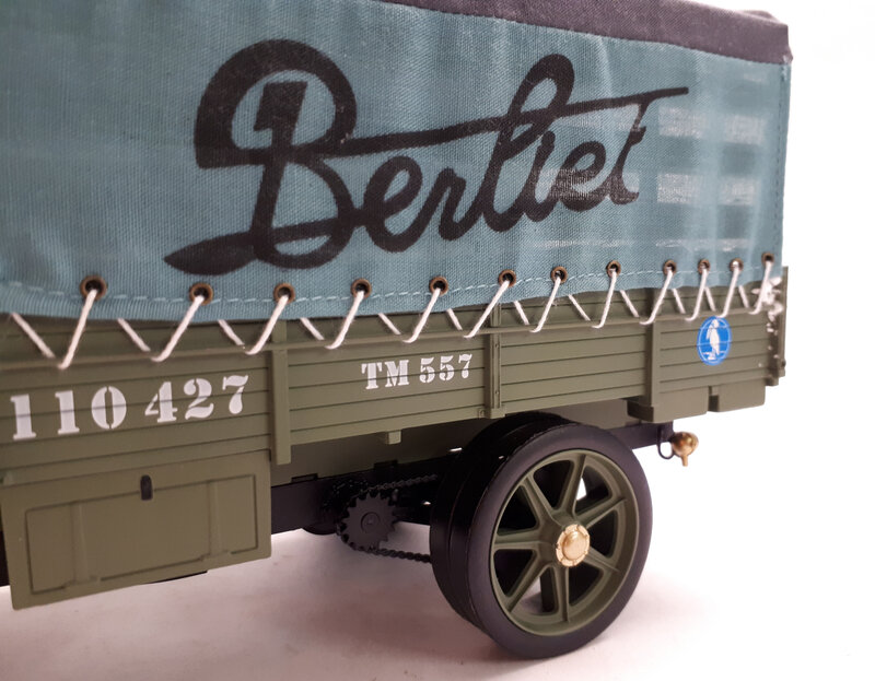 #51A1201-Berliet CBA Vert Olive (8)