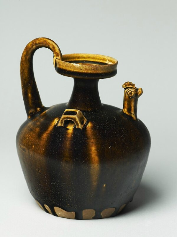 Black ware ewer with chicken head spout, Deqing kiln-sites, 5th century AD, Six Dynasties Period (AD 221 - 589)