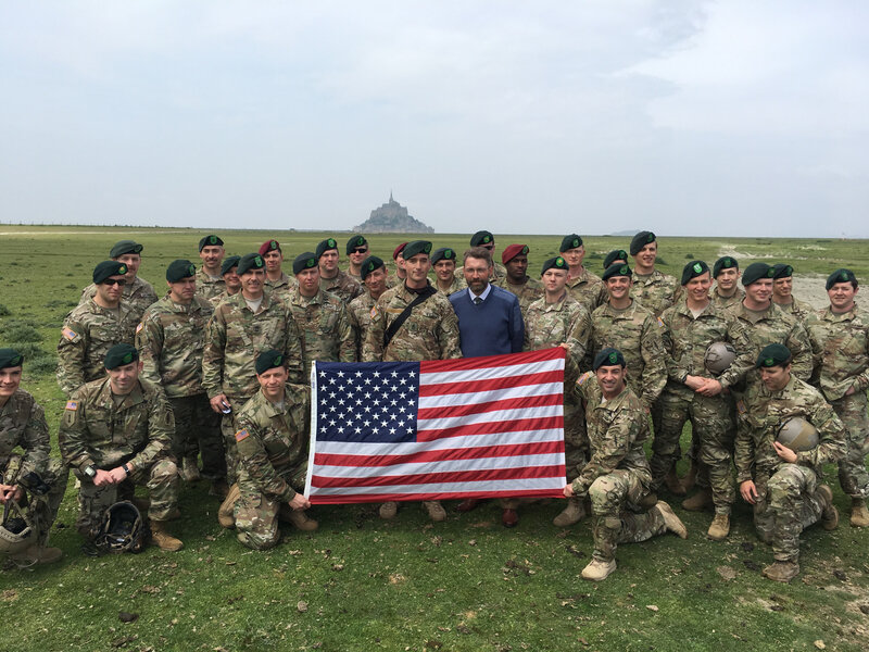 10th_Special Forces Group_SFG_airborne_Mont-Saint-Michel_stars and stripes_flag_18-05-2015_David nNcolas