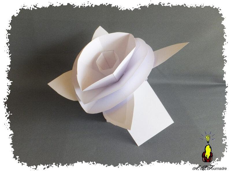 ART 2020 09 boite cadeau & fleur proto 3