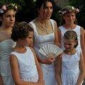 Mariage : accessoires de la mariée (éventail, étole et réticule ou petit sac )