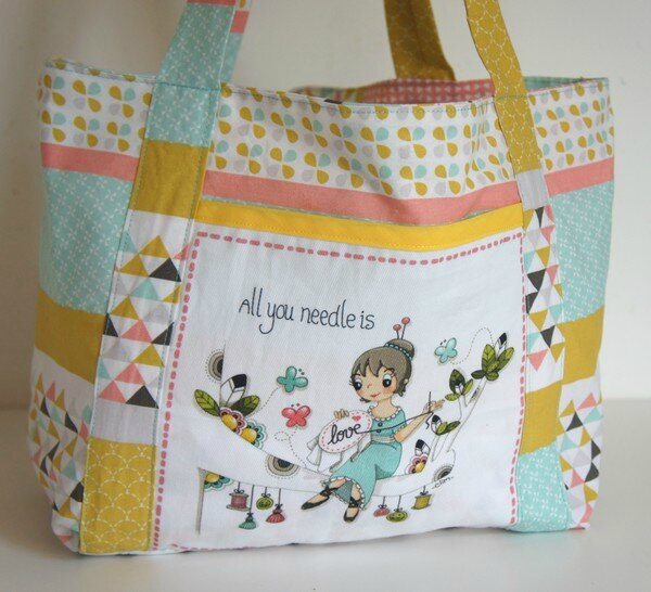 Tote bag coupon des bobines et des bulles all you needle is love 1