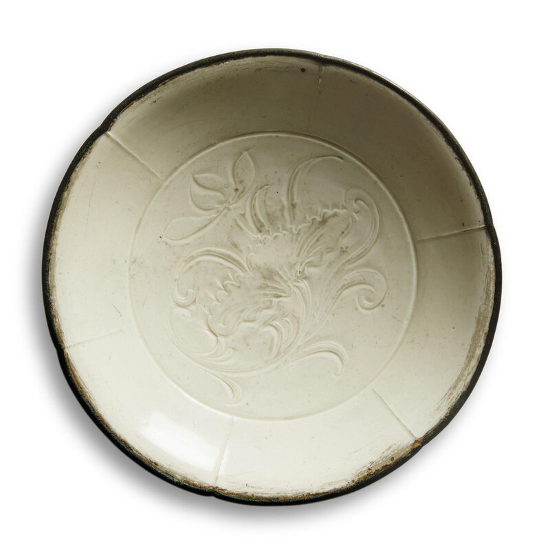 A Dingyao incised 'lotus' dish, Northern Song-Jin dynasty (960-1234)