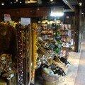 magasins de souvenirs