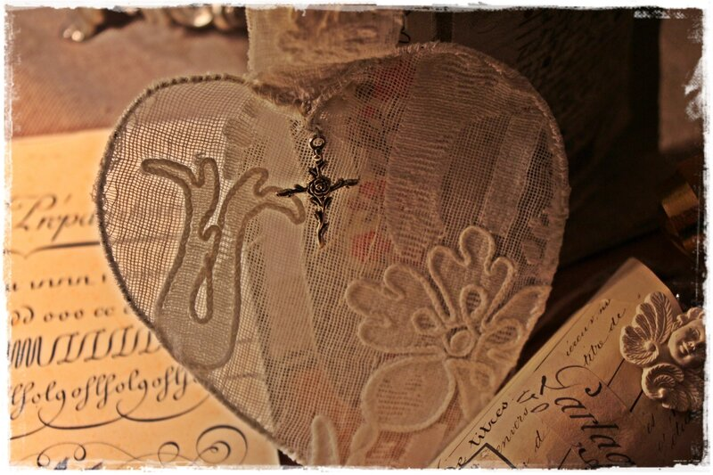 Coeur dentelle