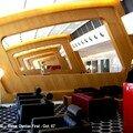 Qantas First Class Lounge - Un design contemporain et un espace vaste et lumineux