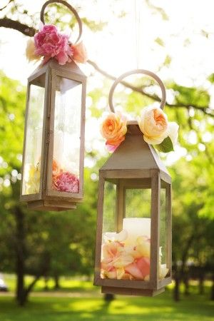 Hanging_Lantern_Decor_300x450
