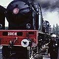 locomotive à vapeur à la gare de Saint-Pierre-des-Corps