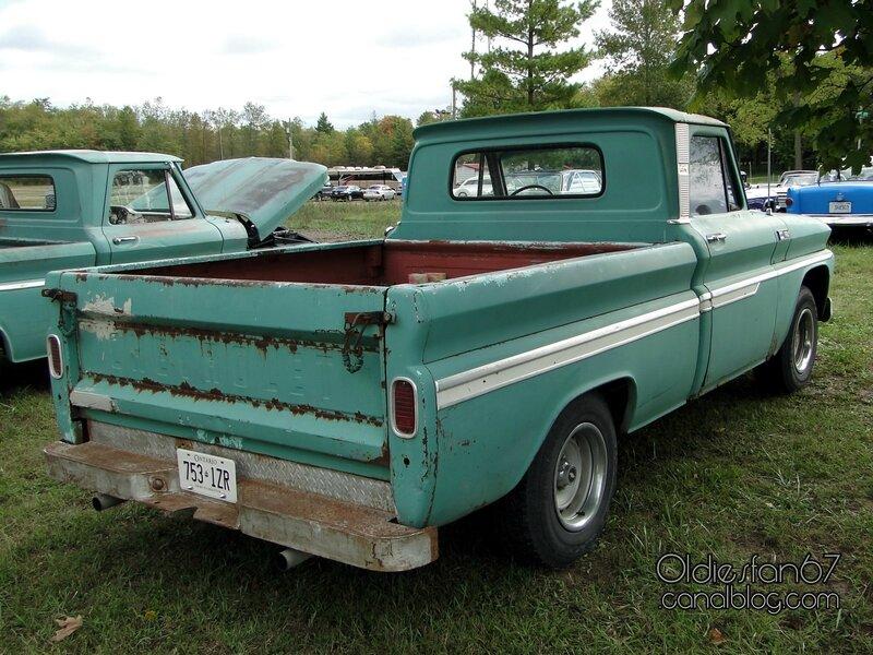 chevrolet-c10-custom-1965-2