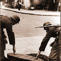 Soldats dans les rues de Biarritz en 1940